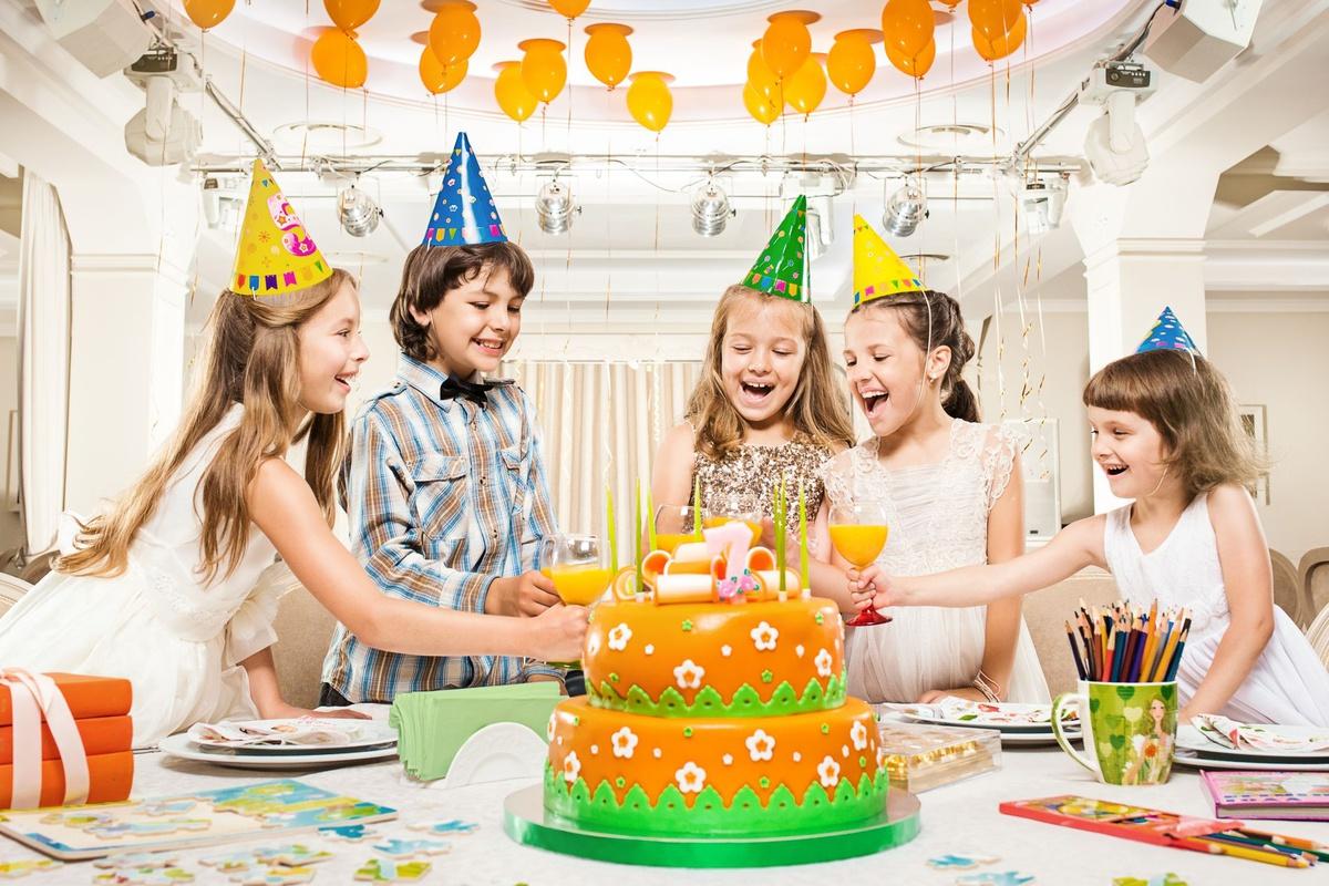 Празднование дня рождения у ребенка дома